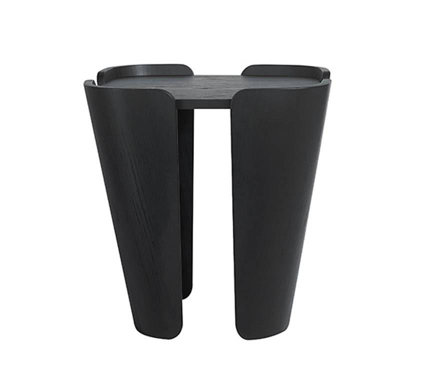 Tulipa stool Musk Stain walnut Upholstery black